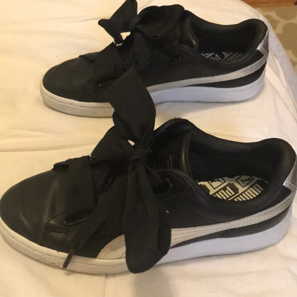 buy popular e9975 bd591 Puma basket heart black and silver Nordstrom edt.